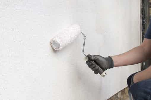 Weatherproofing the render with Stormdry Masonry Protection Cream