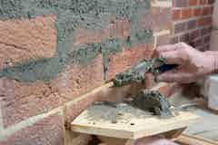 Vandex Unimortar 1 can be used to make localised repairs