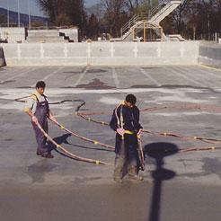 Waterproofing swimming pool during repair